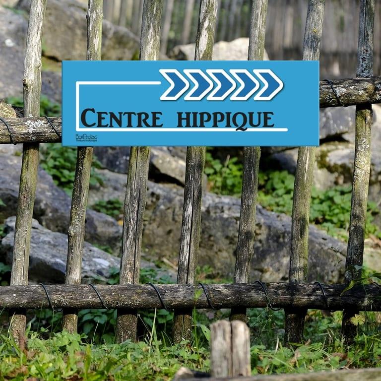 panneau fléché centre hippique