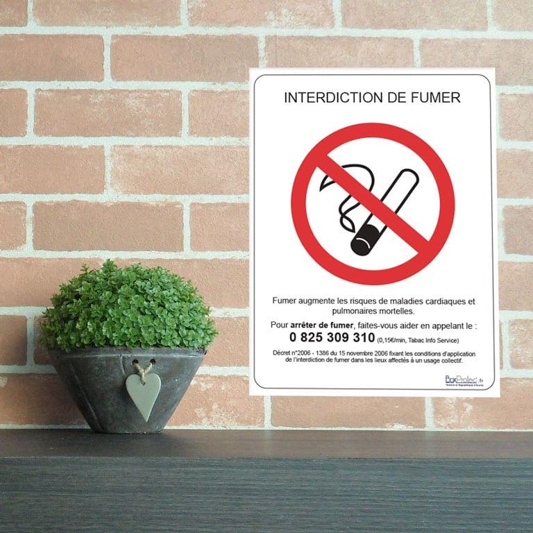 panneau légal interdit de fumer