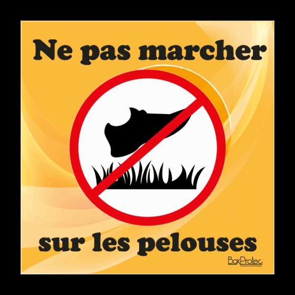 panneau interdit de marché sur les pelouses orange