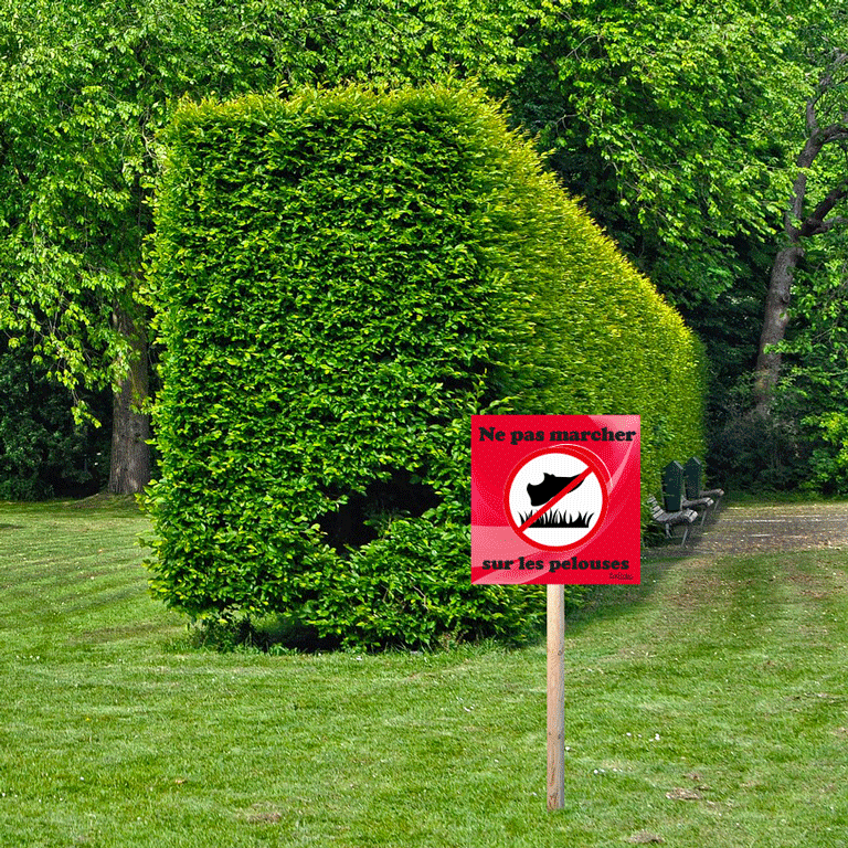 panneau interdiction de marcher sur les pelouses