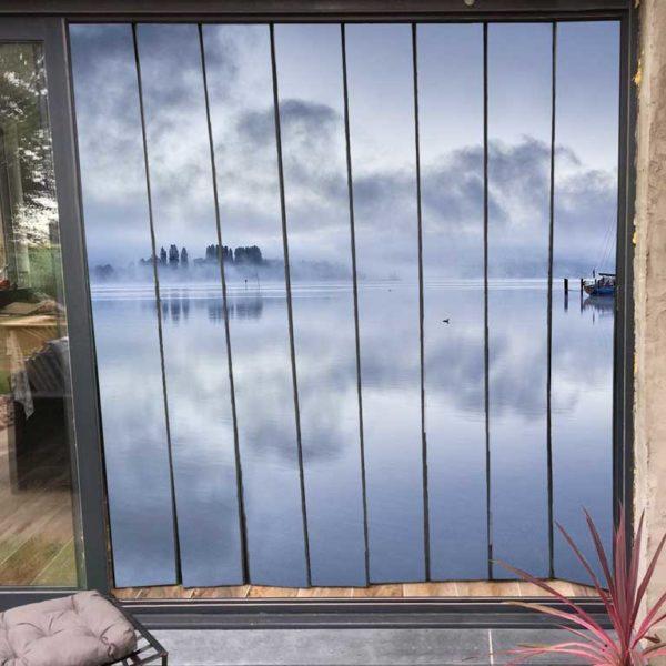 moustiquaire de baie vitrée motif lac