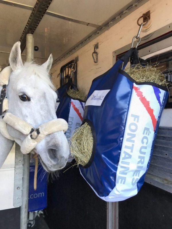 sac à foin pour chevaux
