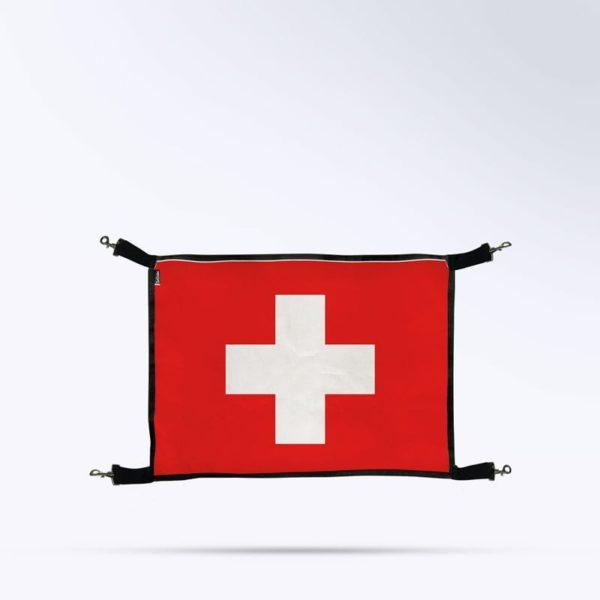 porte de box drapeau suisse pour chevaux