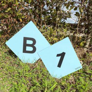 panneau numéro et lettre de cross