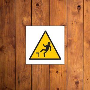 panneau attention danger de denivellation
