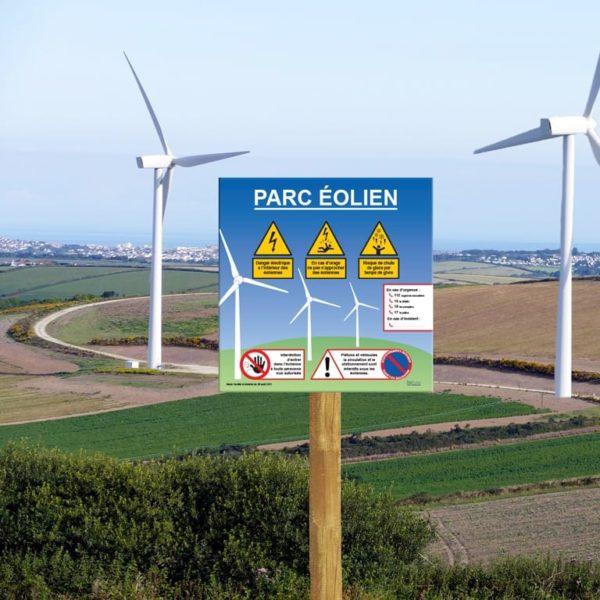 panneau de sécurité pour site avec éolienne