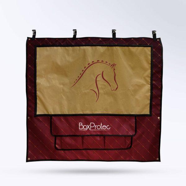 tenture de box fond rouge et or