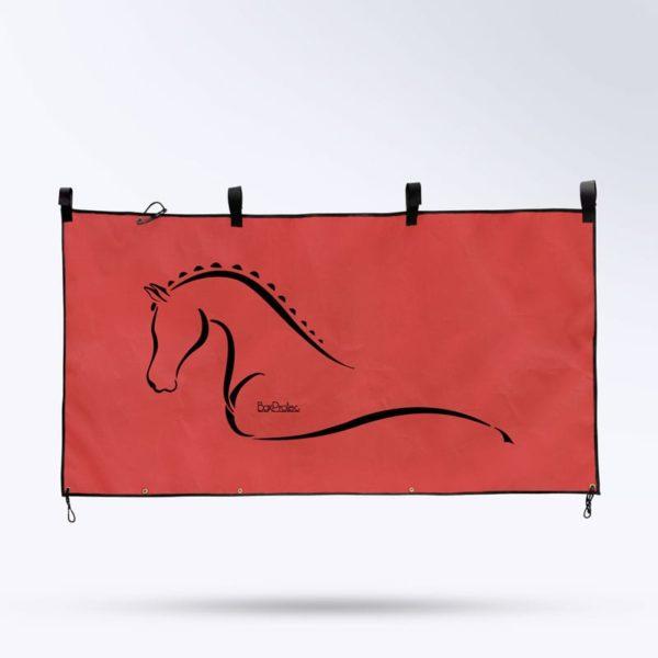 tenture de box pour chevaux rouge de la marque Boxprotec
