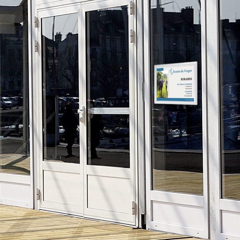 cadre recto verso pour vitrine